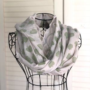 Accessories - 🍏Green Apple Scarf🍏